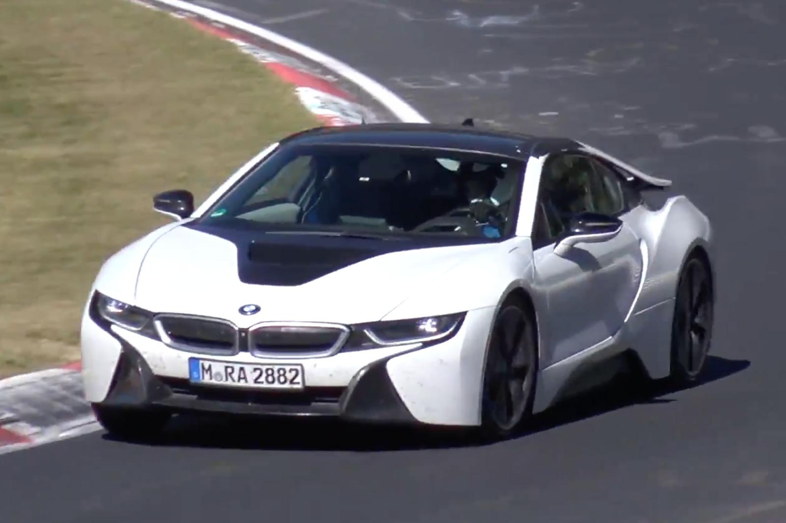BMW i8 Roadster 2018: Erlkönig-Video zeigt Hybrid-Spyder