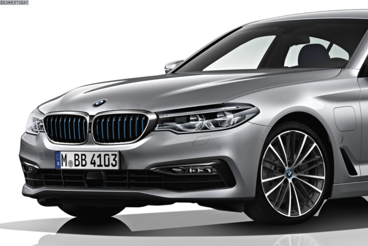 2017-BMW-530e-iPerformance-G30-Plug-in-Hybrid-11
