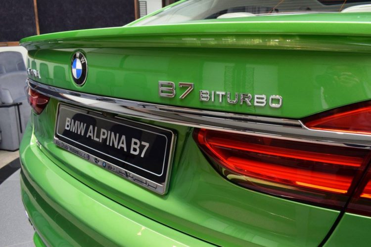 BMW-Alpina-B7-Java-Gruen-G12-Individual-Abu-Dhabi-11