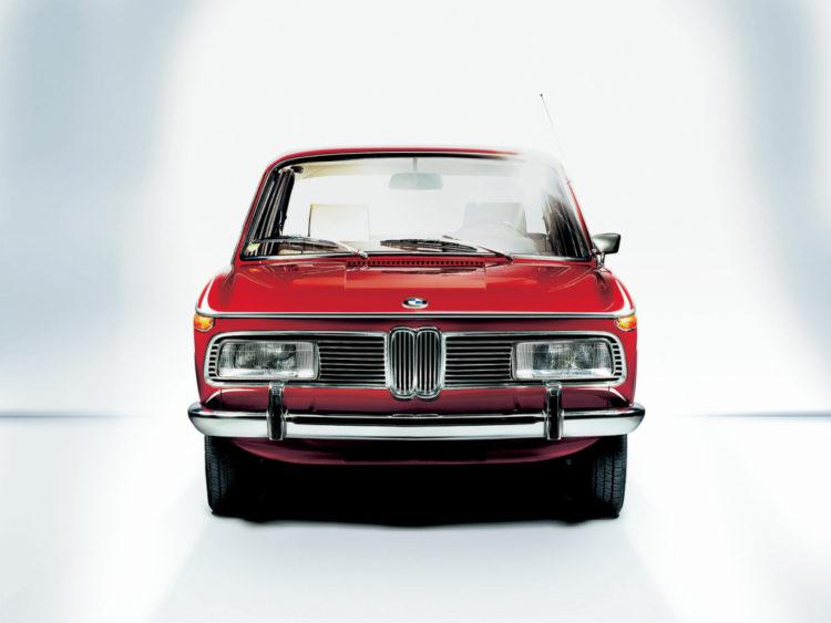 04-BMW-2000
