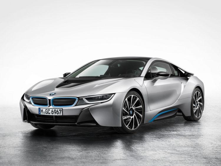 17-BMW-i8