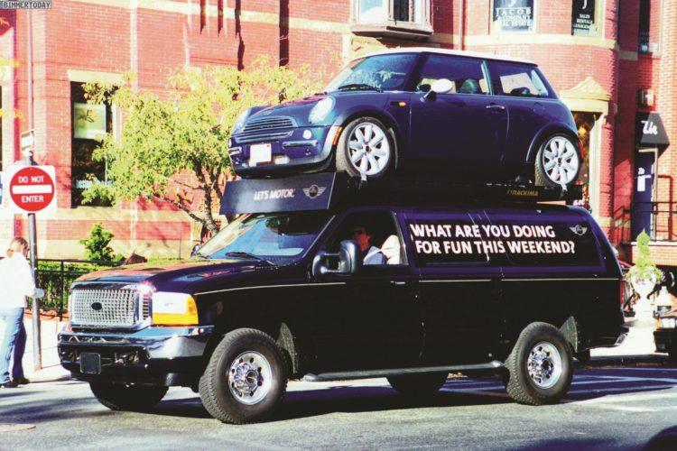 15 jahre mini usa gro es jubil um f r ein kleines auto. Black Bedroom Furniture Sets. Home Design Ideas