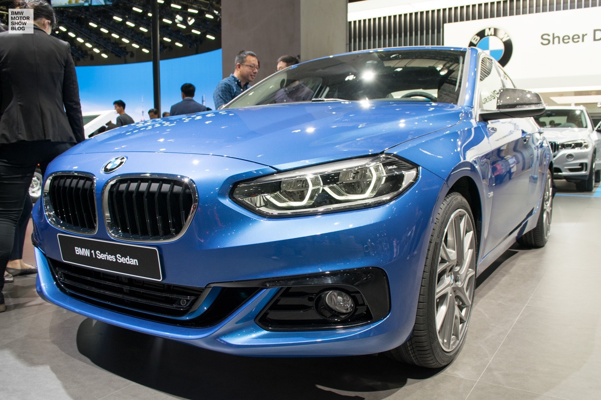 Maxresdefault likewise Bmw Er Cabrio Facelift Snapper Rocks Blue Sport Line F Lci as well Bmw M Wide furthermore Px Landwind X Facelift besides Bmw X Spied In Germany Shows Sporty Stance. on 2017 bmw x7