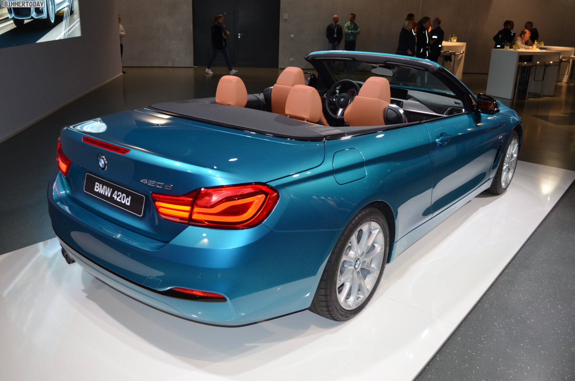 bmw 4er cabrio 2017 420d facelift in snapper rocks blue. Black Bedroom Furniture Sets. Home Design Ideas