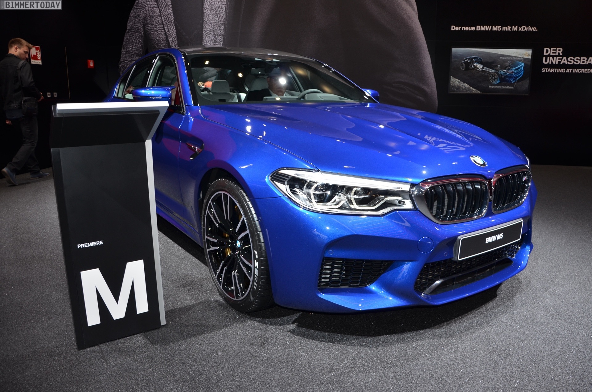 Iaa 2017 Bmw M5 F90 In Marina Bay Blue Live Fotos