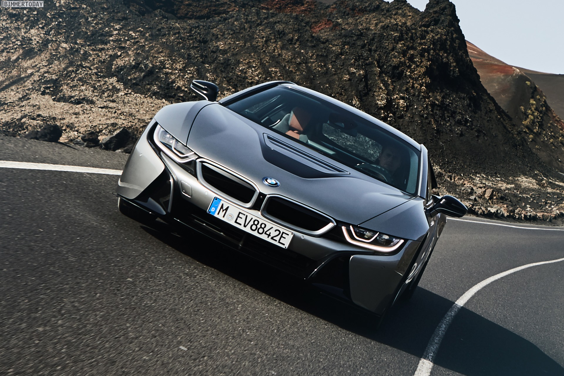 bmw i8 facelift 2018 374 ps und 55 km elektro reichweite. Black Bedroom Furniture Sets. Home Design Ideas