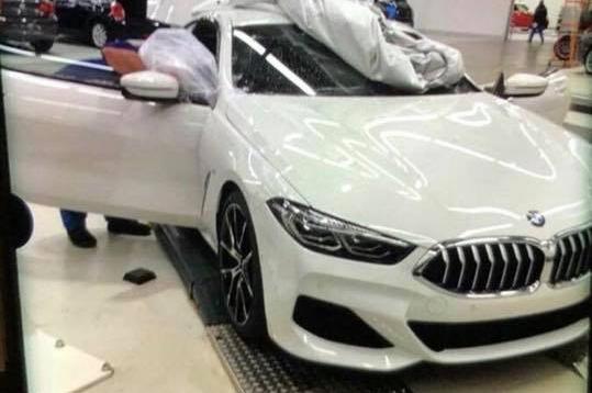 Neuer BMW 8er 2018: Leak-Fotos zeigen das Luxus-Coupé