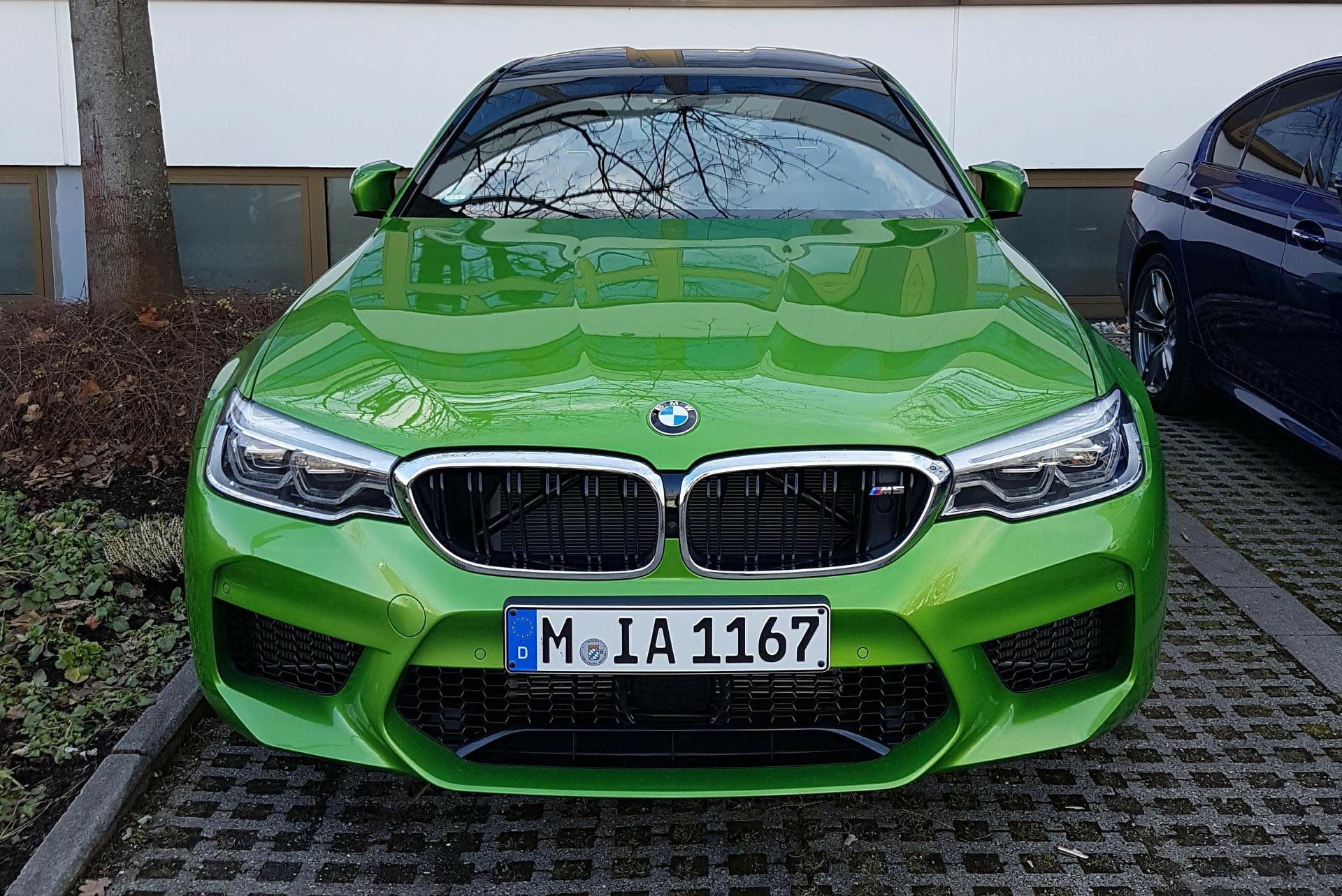Individual BMW M5 F90: Fast so farbenfroh wie leistungsstark