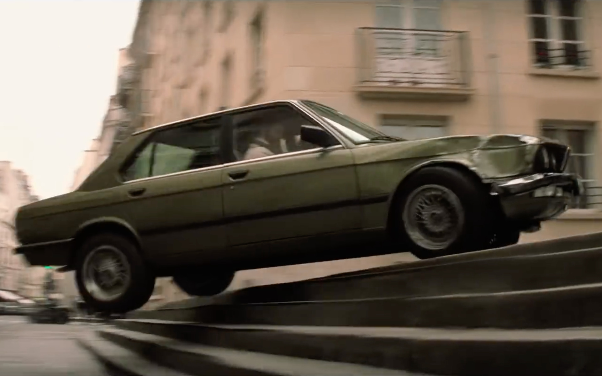 Mission Impossible: Fallout – Tom Cruise fährt BMW 5er E28
