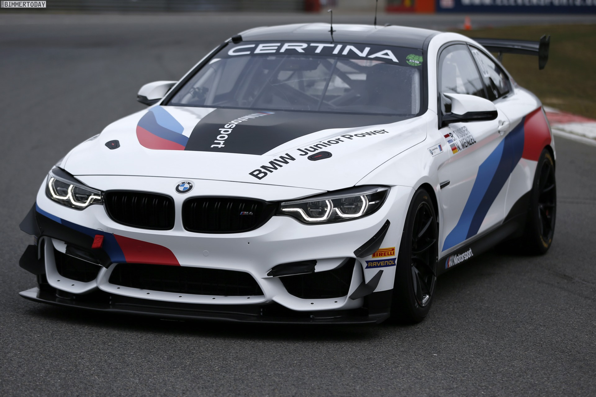 Bmw M4 Gt4 Bmw Motorsport Junioren In Der European Series