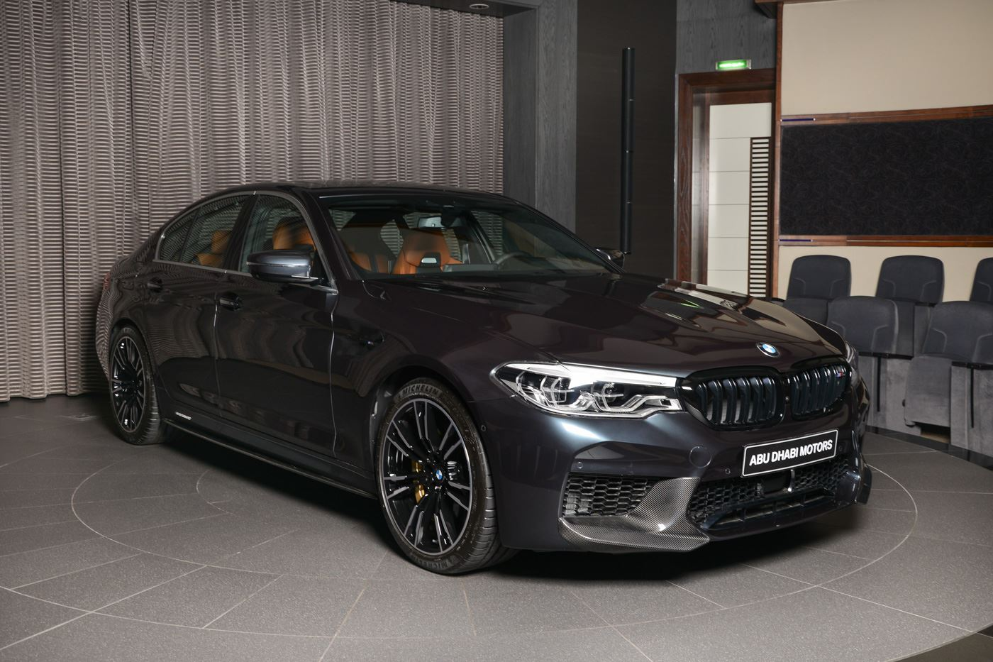 bmw m performance tuning am bmw m5 f90 in singapurgrau. Black Bedroom Furniture Sets. Home Design Ideas