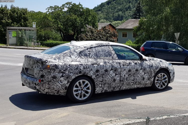 Bmw 2er Gran Coupe Erlkonig Fotos Zeigen Kompakt Limousine