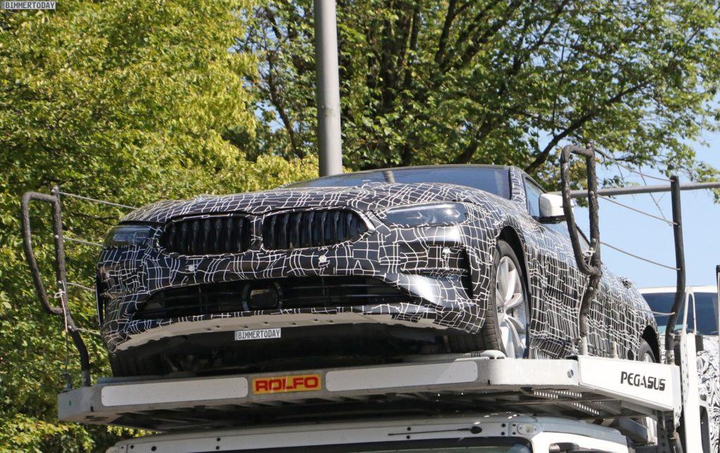 2019-BMW-8er-Gran-Coupe-Erlkoenig-Fotos-02-1024x645