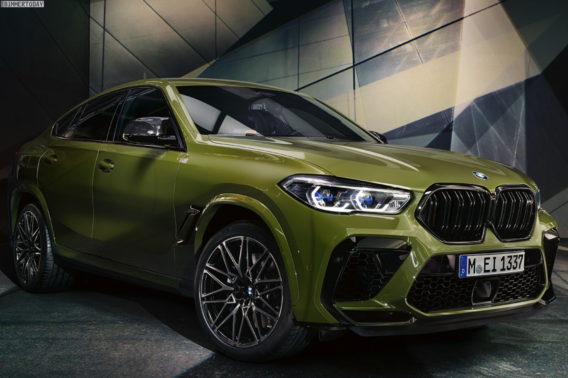 Maximal Extrovertiert Bmw X6 M Competition In Urban Green