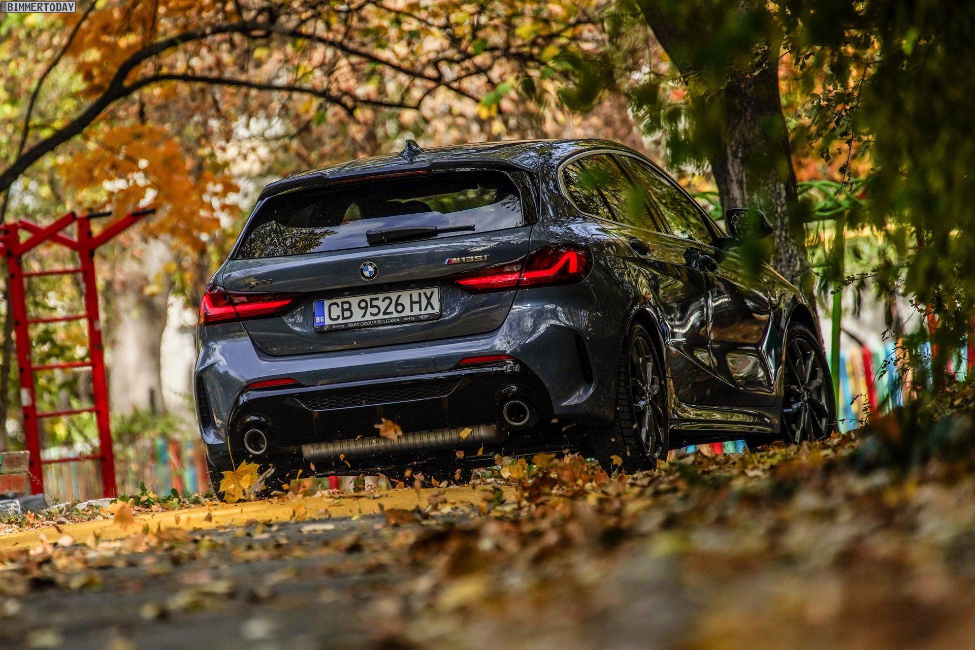 2018 - [BMW] Série 1 III [F40-F41] - Page 32 2020-BMW-M135i-F40-Storm-Bay-Metallic-16