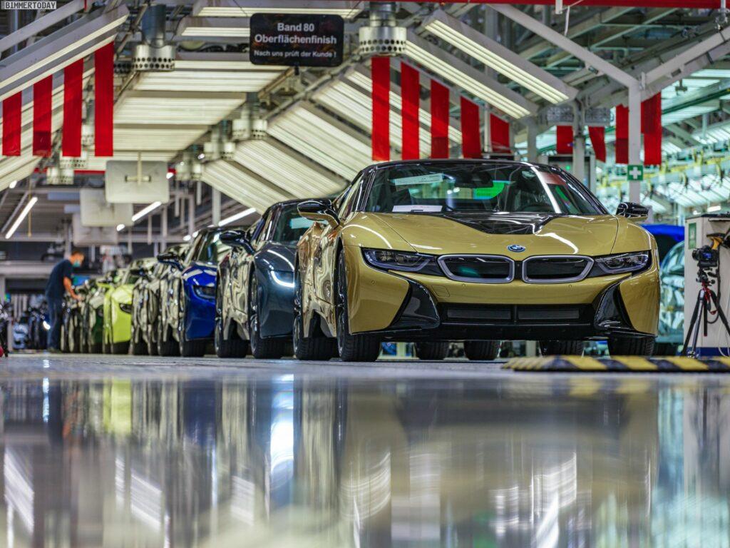 2013 - [BMW] i8 [i12] - Page 23 BMW-i8-Finale-Werk-Leipzig-Individual-Roadster-Produktion-04-1024x768