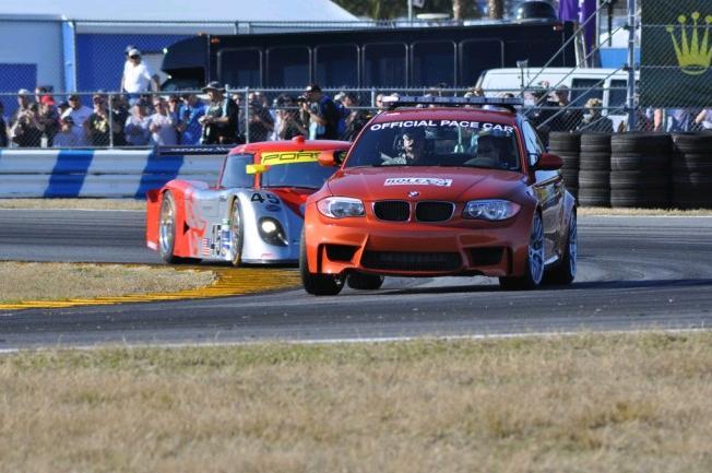 24h-daytona-2011-pacecar-BMW-1er-M-Coupe