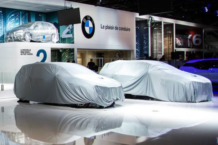 Autosalon-Paris-2014-BMW-2er-Gran-Tourer-F46-verhuellt