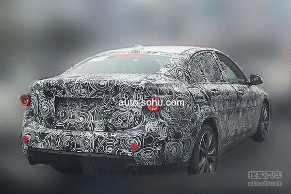 BMW-1er-Limousine-2016-Erlkoenig-Fotos-F52-auto-sohu-com-02