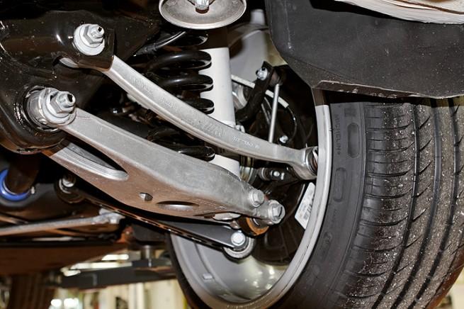 BMW-1er-M-Coupe-Alu-Fahrwerk
