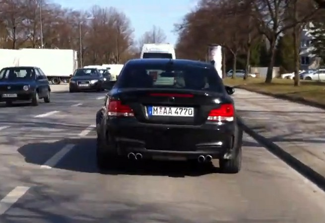 BMW-1er-M-Coupe-Saphirschwarz-Video
