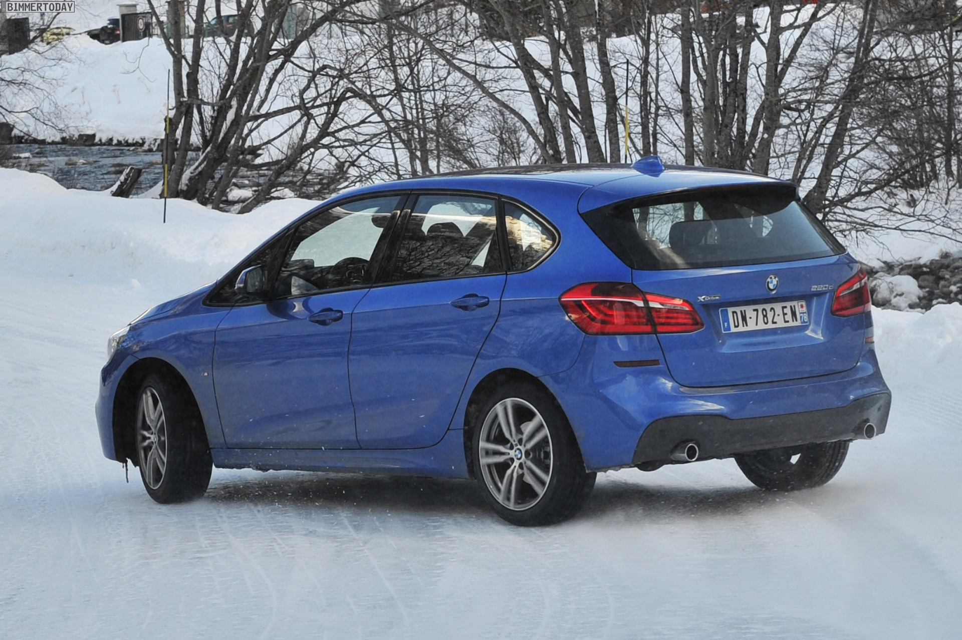 bmw 2er active tourer m sport mit xdrive estorilblau im