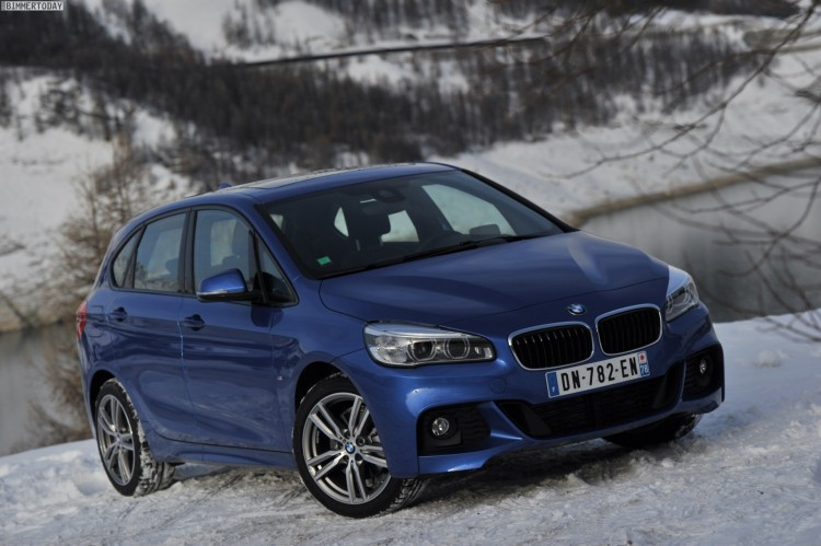 BMW-220d-xDrive-Active-Tourer-M-Sport-Paket-Estoril-Blau-2er-F45-36