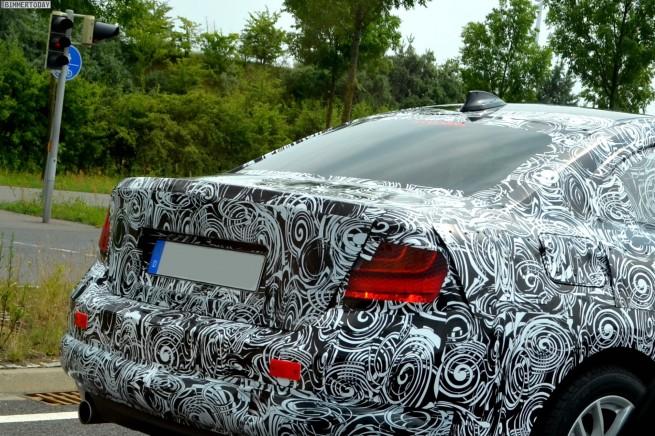 BMW-2er-2014-F22-Erlkoenig-Spyshots-Coupe-Werk-Leipzig-02