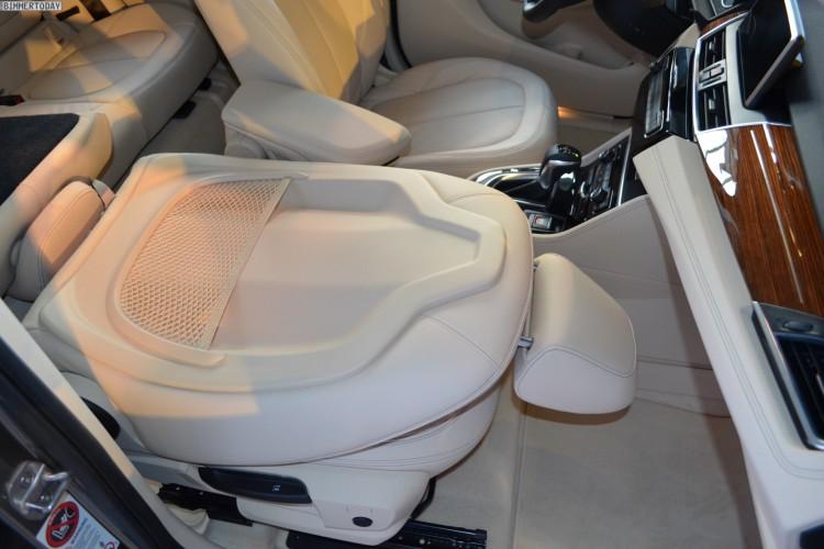 Bmw 2er Active Tourer Fotos Vom Umklappbaren Beifahrersitz