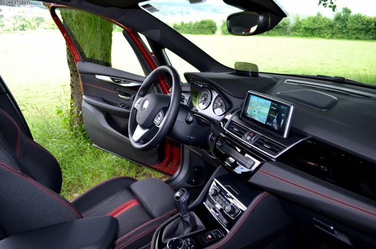 BMW-2er-Active-Tourer-F45-Innenraum-Sport-Line-02