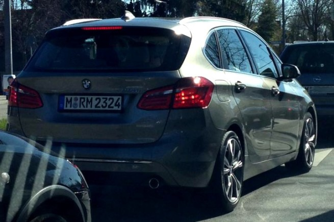 BMW-2er-Active-Tourer-F45-Live-Fotos-Van-Frontantrieb-4