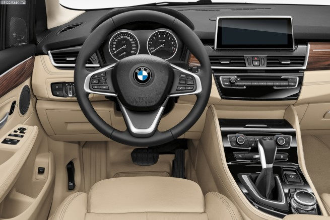 BMW-2er-Active-Tourer-F45-Van-Innenraum-02