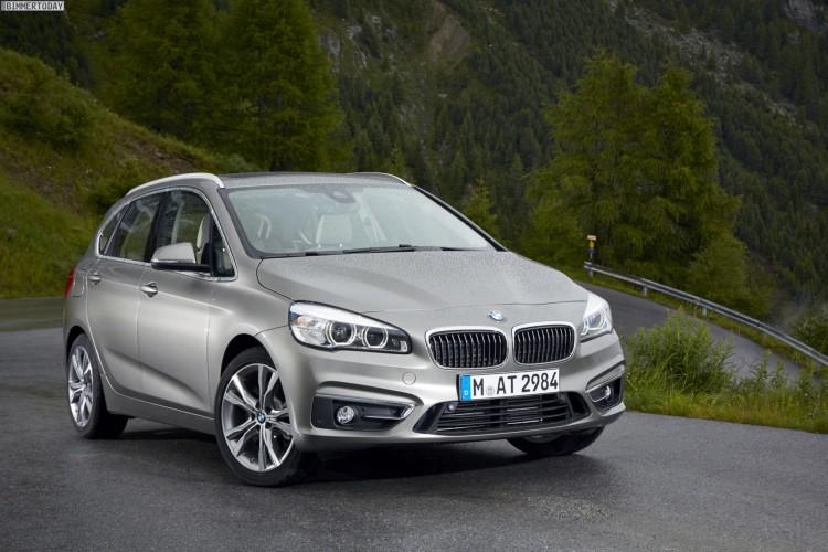BMW-2er-Active-Tourer-Luxury-Line-Platinsilber-225i-97