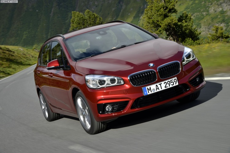 BMW-2er-Active-Tourer-xDrive-Allradantrieb-220d-225i-Technische-Daten-Preis-01