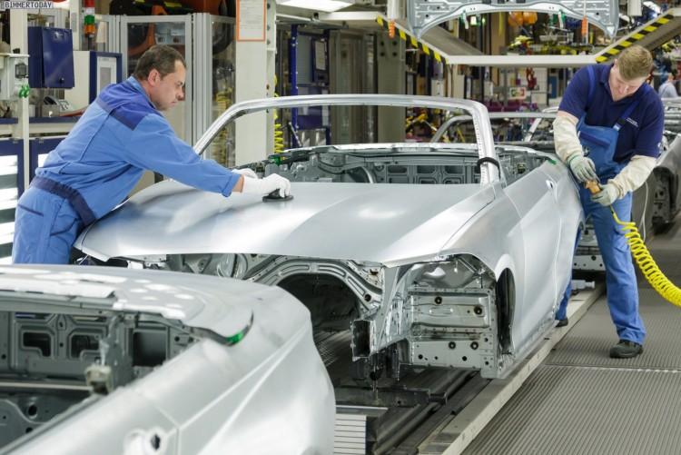 Produktion des BMW 235i Cabrio im Werk Leipzig. Karosseriebau.