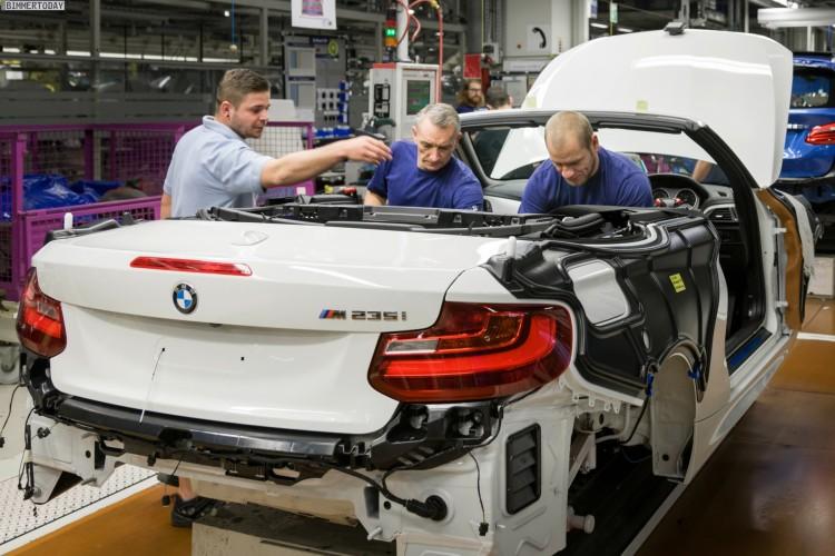 Bmw 2er Cabrio Erste Fotos Zur F23 Produktion Im Werk Leipzig