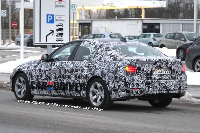 BMW-3-series-hybrid-prototype-spy-photo-2