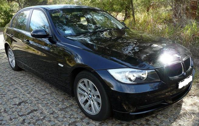 BMW-320iA-E90-02