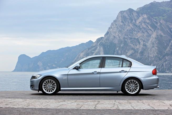 BMW-3er-Limousine-E90-LCI-03