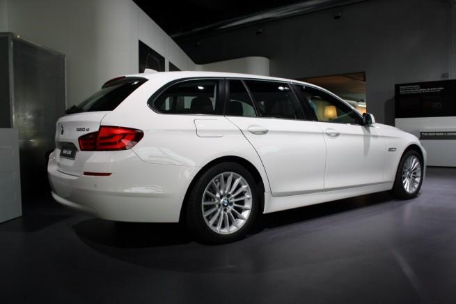 BMW-520d-Touring-F11-Alpinweiss-Exterieur-02