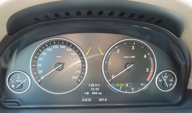 BMW-520d-Touring-Tacho