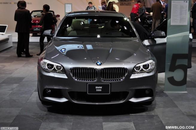 BMW-550i-F10-M-Sportpaket-NAIAS-2011-02