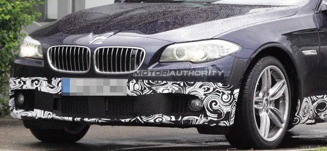 BMW-5er-F10-M-Sportpaket-Spyshots-MotorAuthority