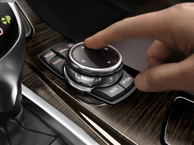 BMW-5er-Facelift-2013-F10-LCI-Innenraum-iDrive-Touch