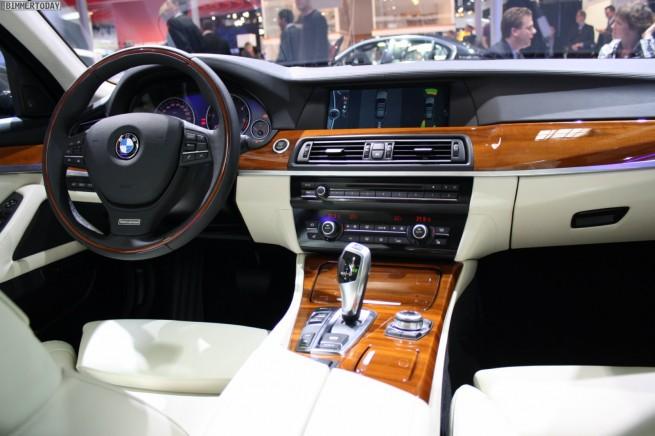 BMW-5er-Touring-F11-Individual-Details-Paris-2010-28