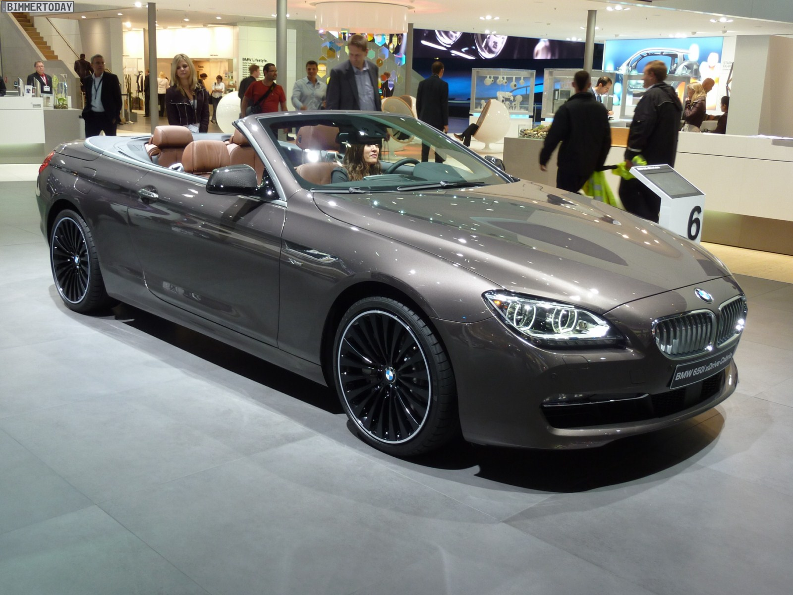 Iaa 2011 Bmw 650i Xdrive Cabrio F12 In Havanna Mit