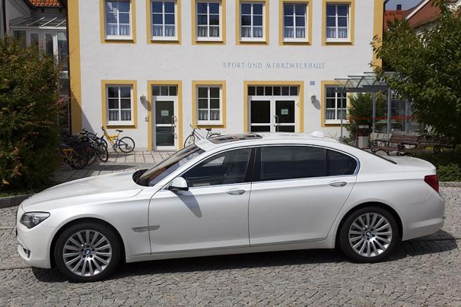 BMW-760Li-F02