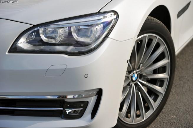 BMW-7er-Facelift-2012-750i-F01-LCI-St-Petersburg-01