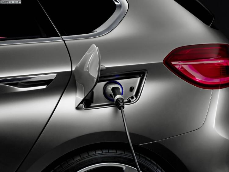 BMW-Active-Tourer-2012-Paris-Fronttriebler-1er-GT-03