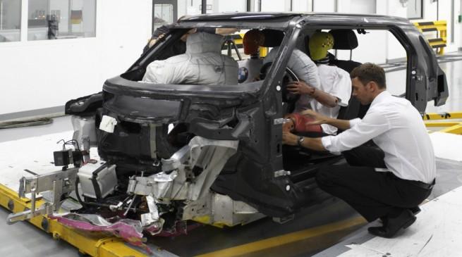 BMW-Carbon-Fahrgastzelle-Crash-Versuchstraeger-Project-i